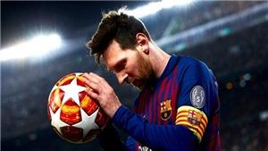 VIDEO: Messi nhận danh hiệu 'Tiền đạo hay nhất năm' UEFA