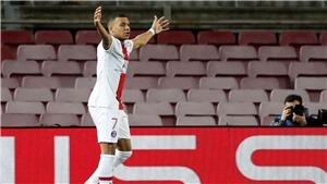 ĐIỂM NHẤN Barcelona 1-4 PSG: Mbappe lại khiến Messi muối mặt. Barca mong phép màu