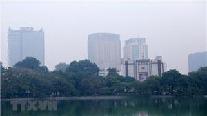 Sương mù dày, không khí Hà Nội lại ô nhiễm