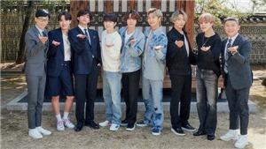 Ngắm loạt ảnh mới của BTS với 'MC Quốc dân'