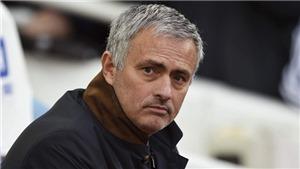 CẬP NHẬT sáng 7/10: Lộ tin nhắn 'mật' lãnh đạo M.U gửi Mourinho. Real và Bayern khủng hoảng