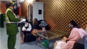 Phong tỏa quán karaoke, cách ly nhóm người vi phạm phòng, chống dịch Covid-19