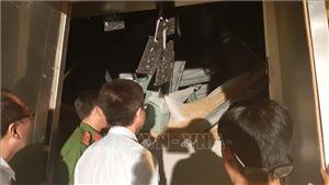 Sập trần quán bar khi đang sửa chữa, nhiều người thương vong