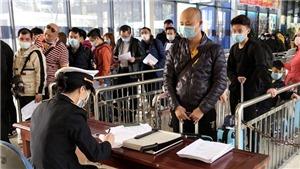 Dịch bệnh do chủng mới virus Corona: Người đi từ vùng có dịch nhập cảnh qua Cửa khẩu Quốc tế Móng Cái phải cách ly theo dõi 14 ngày
