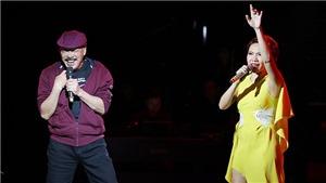 Liveshow 'Chuyện tình': Khán giả ai cũng mong muốn được nghe Trần Tiến hát tiếp