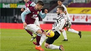 Burnley 0-1 MU: Chuyên gia nhận định Luke Shaw đáng nhận thẻ đỏ