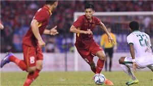Bóng đá Việt Nam ngày 17/8: Trận Nam Định vs Quảng Nam gặp sự cố, Văn Hậu lỡ trận Thái Lan gặp Việt Nam,