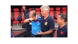 Bóng đá Việt Nam ngày 8/9: Thầy Park bật khóc khi gặp lại Guus Hiddink, U22 Trung Quốc thiệt quân