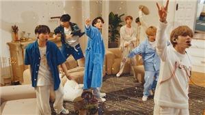 ARMY phát hiện ra điều thú vị giữa 'Boy In Luv' và 'Boy With Luv' của BTS
