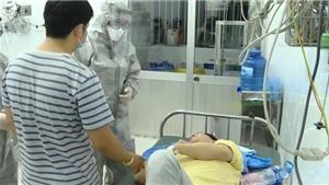 Chuyện xuyên Tết tìm ra phác đồ điều trị chống lại virus Corona