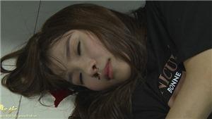 'Mẹ ghẻ': Lương Thế Thành xô Thuý Diễm ngã đập đầu chảy máu đến bất tỉnh