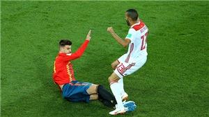 Gerard Pique lẽ ra phải bị đuổi với pha vào bóng bằng cả 2 chân nguy hiểm