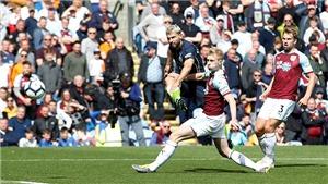 VIDEO Burnley 0-1 Man City: Aguero sắm vai người hùng, Man City tiến gần chức vô địch