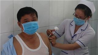 Ban hành Nghị quyết về việc mua vaccine phòng Covid-19
