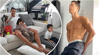 Cristiano Ronaldo trong mùa dịch Covid-19: Khoe 6 múi, vẫn bị chỉ trích
